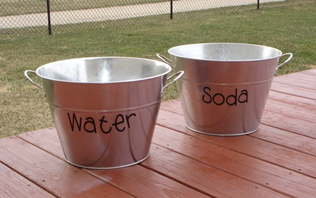 Add Lettering to Outdoor Items for Parties!
