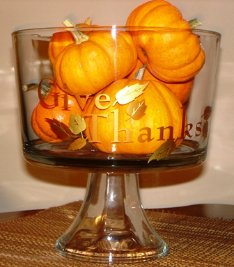 """""""Give Thanks"""" Glass Tremble"""